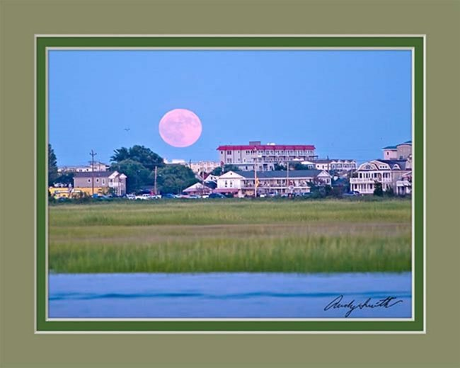 Full Moon over Wildwood