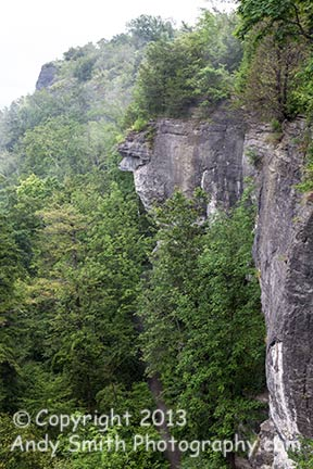 The cliffs above the Indian Ladder Trail